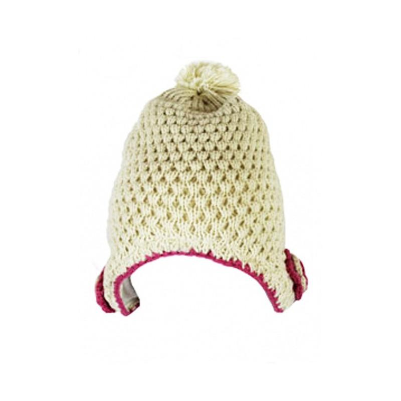 Pletená čepice s bambulkou